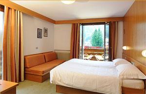 Dettaglio su Camera Hotel Crozzon in Trentino