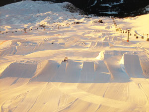 Dettaglio su pista dello Snowpark a Madonna di Campiglio