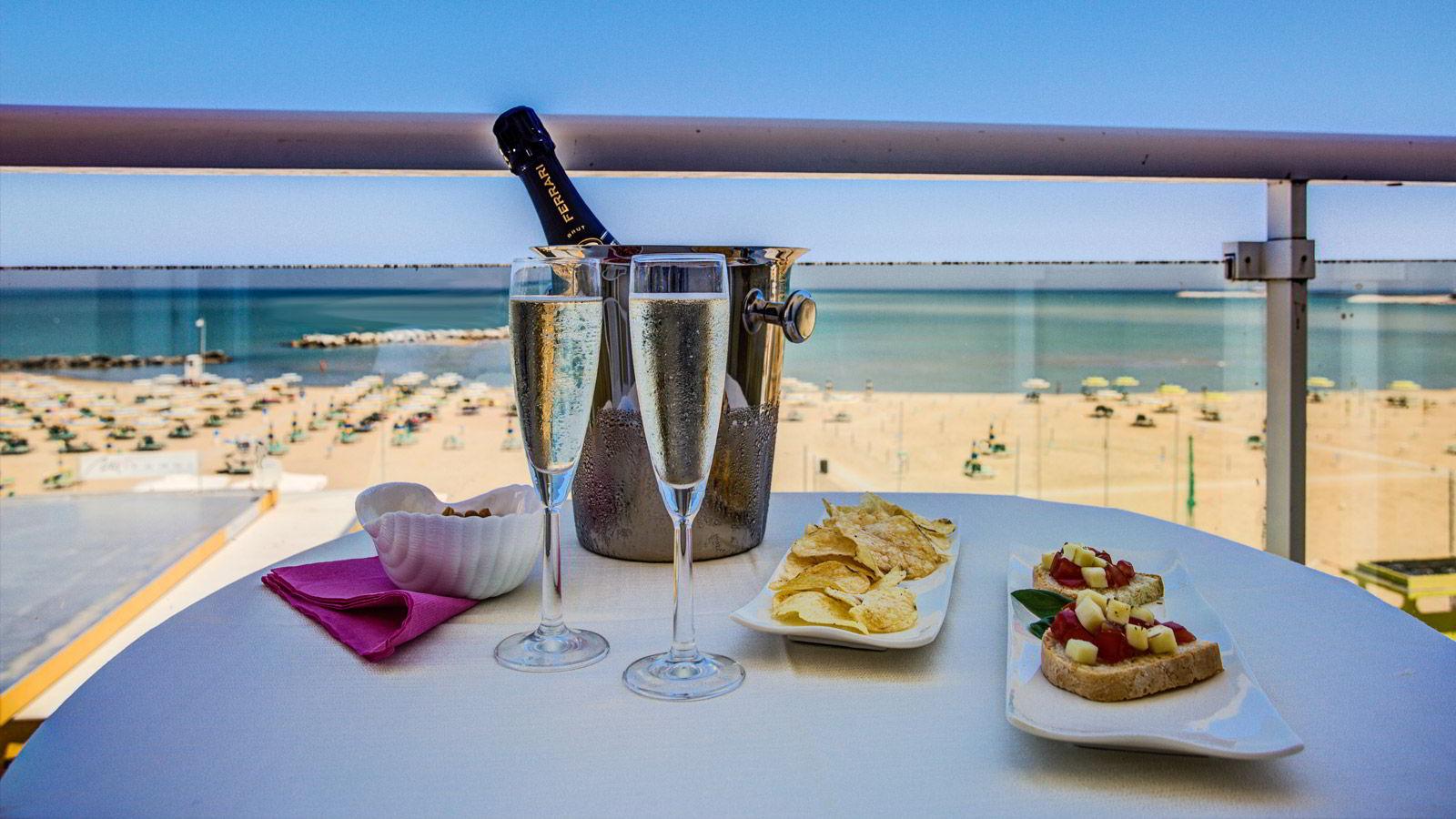 Vacanze all inclusive rimini hotel pensione completa a for Bagno 8 rivabella